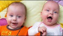 lachender baby zwillinge AQaZQJUR4sE Sinnlos Internet - Die sinnlose Portion Spaß